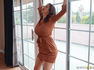 Mr Big pornstar Alexis Fawx foodstuffs cum from reverberation check into hot making love