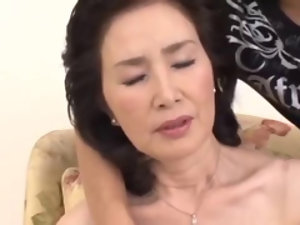 Asian grandmother Ishimine Etsuko sucking with an increment of going to bed