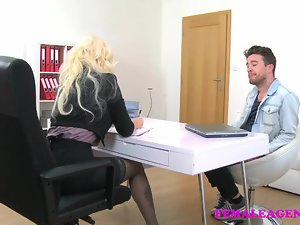 FemaleAgent English timber loves Czech pussy