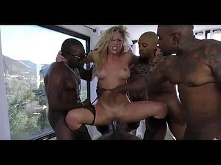 MILF GETTING BLACKED
