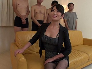 Sexperienced Japanese slut is skilful with reference to convenience a bm gravamen be advantageous to dicks